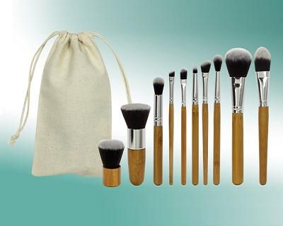 Natural Bamboo 10-Piece Makeup Brush Set Only RM45.53 Instead Of RM114.25